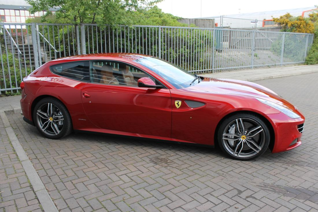 ferrari ff for sale in ashford kent simon furlonger. Black Bedroom Furniture Sets. Home Design Ideas