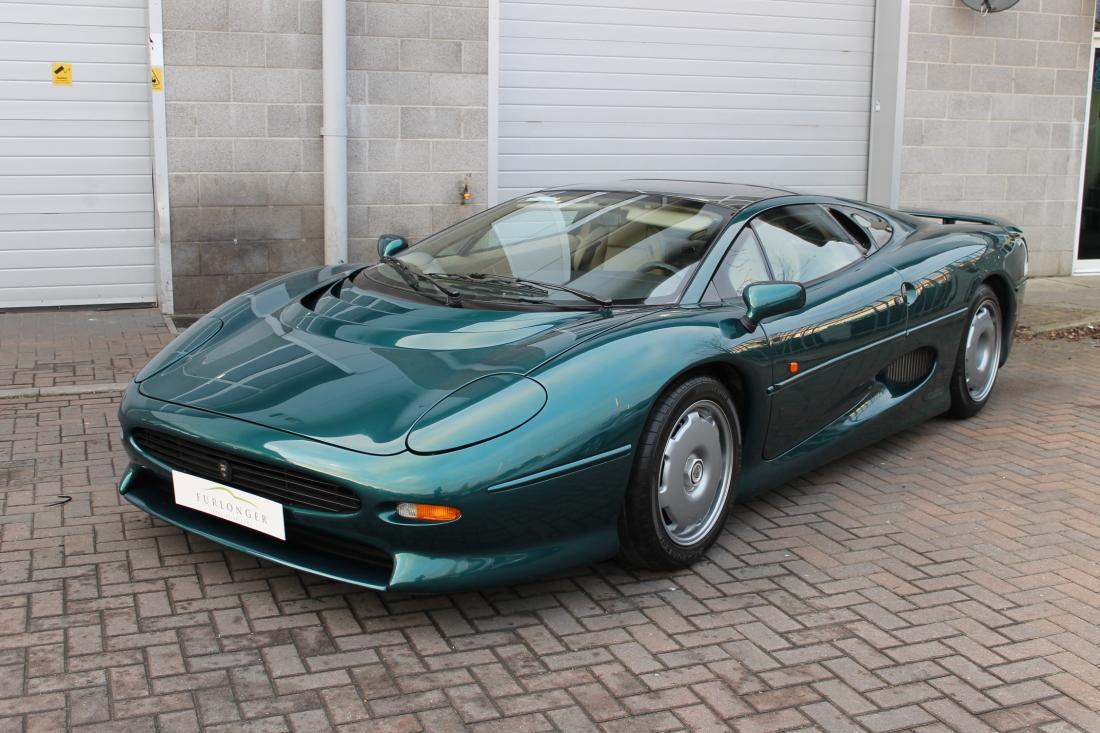 jaguar xj220 for sale in ashford, kent - simon furlonger specialist cars